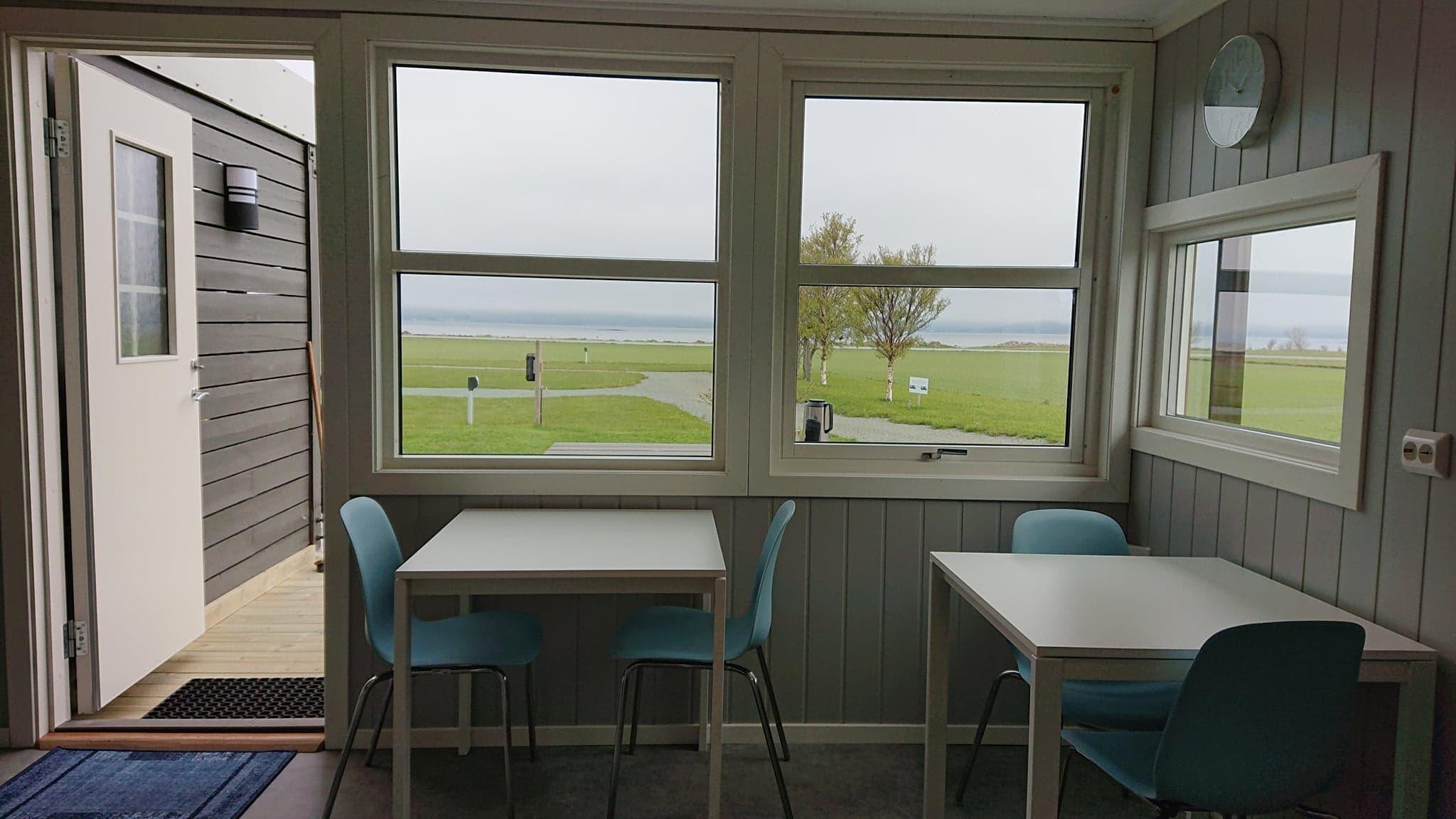 Utsikt fra kjøkkenet / view from kitchen